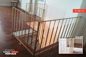 Zarif Tasarım Ferforje Merdiven Korkuluk