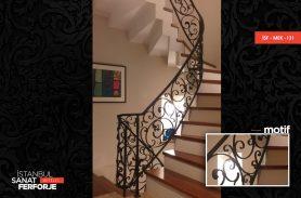 Siyah Demir Döküm Ferforje Merdiven Korkuluğu