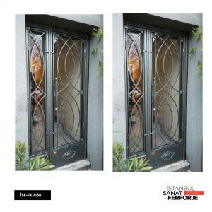 İSF-FK-038 model numaralı Ferforje Kapı ürünümüz.