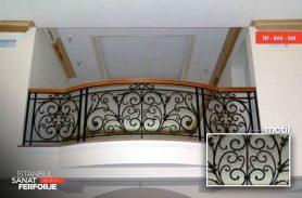 Ahşap Detay Ferforje Balkon Korkuluğu