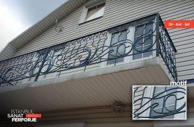 Karma Detay Ferforje Balkon Korkuluğu