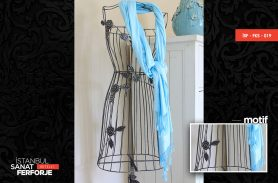Rose Detailed Wrought Iron Clothes Hanger