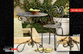 Heart Patterned, Stylish, Wrought Iron Table and Chair Set