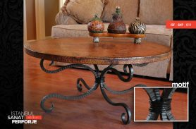 Tumbled Patterned, Elegant Wrought Iron Coffee Table