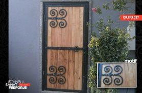 El İşçiliği Ferforje Kapı Aksesuarı