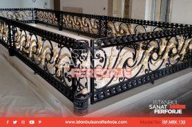 Mekanın Kalitesini Arttıran Ferforje Merdiven Korkulukları
