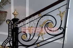 Durable And Tulip Patterned Wrought Iron Stair Railing