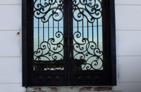 Siyah, El İşçiliği Ferforje Kapı